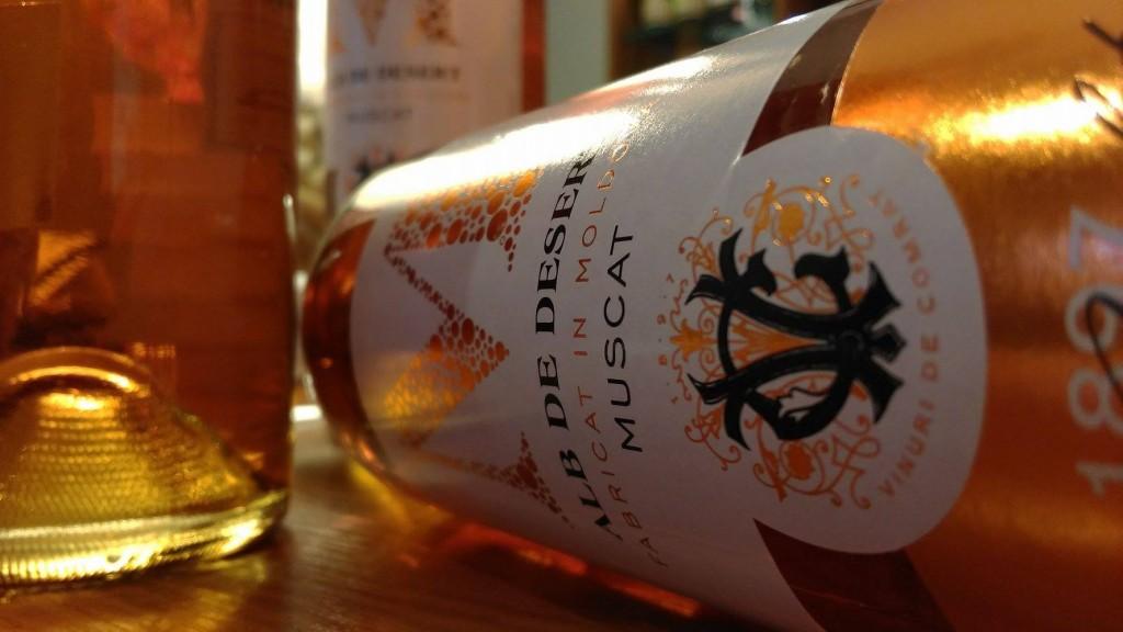 Wino Muscat deserowy Comrat Mołdawia